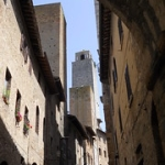 """S.   Gimignano • <a style=""""font-size:0.8em;"""" href=""""http://www.flickr.com/photos/92853686@N04/43625727052/"""" target=""""_blank"""">View on Flickr</a>"""