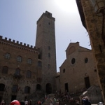 """S. Gimignano • <a style=""""font-size:0.8em;"""" href=""""http://www.flickr.com/photos/92853686@N04/29802994788/"""" target=""""_blank"""">View on Flickr</a>"""